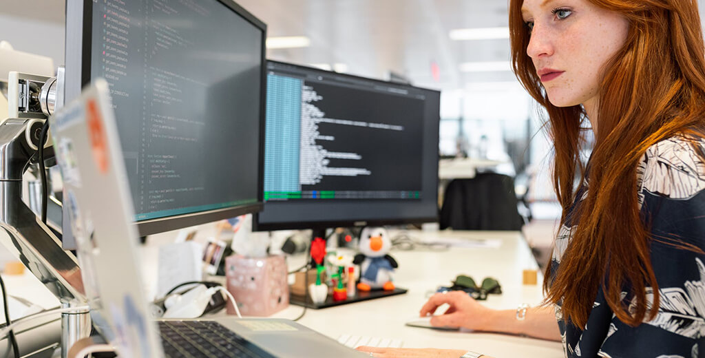 16 Questions to Ask Before Hiring Magento Developers